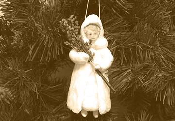 Ватная игрушка Девочка с хворостом